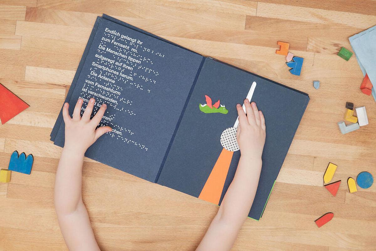 Neue Tastbücher zum Thema Architektur für sehbehinderte Kinder