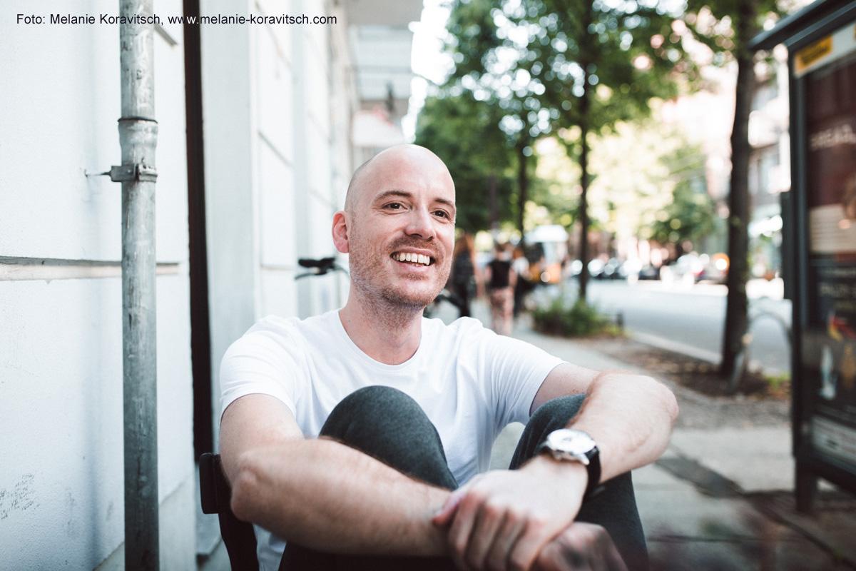 """Lars Amend, Autor des Bestsellers """"Dieses Bescheuerte Herz"""" im Gespräch mit Karla Paul in der Federwelt"""