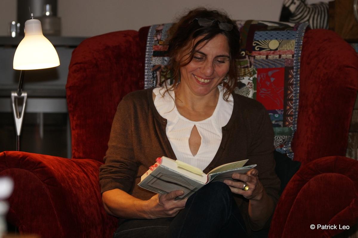 Katrin Zipse bei einer Lesung, Foto von Patrick Leo