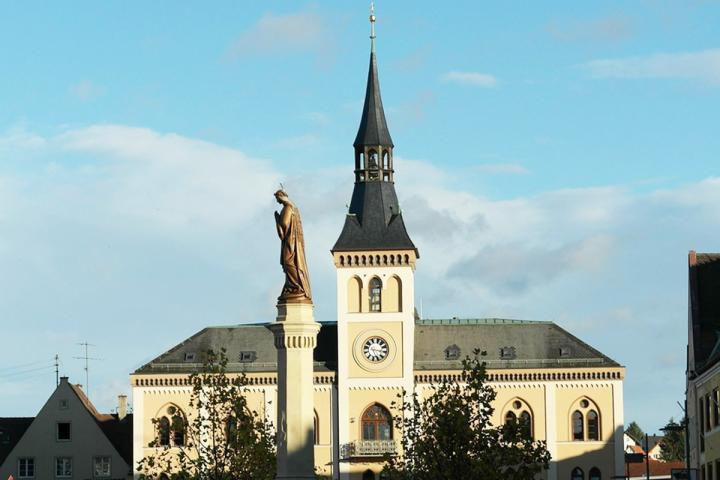 Pfaffenhofen an der Ilm - hier ist am 8. November 2019 die Autorenwelt zu Besuch