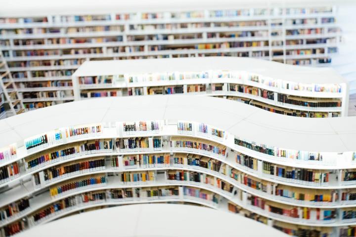 Netzwerk Autorenrechte plädiert für gerechte Bedingungen beim E-Lending, also bei der Ausleihe von E-Books durch Bibliotheken