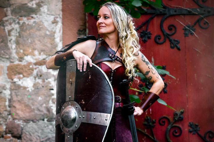 Mira Valentin, Shortlist-Kandidatin beim Selfpublishing-Buchpreis 2020, über ihren Roman »Nordblut«
