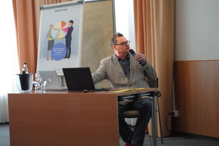 Veranstalter Lutz Kreutzer beim Selfpublishing Day 2017 in Hamburg